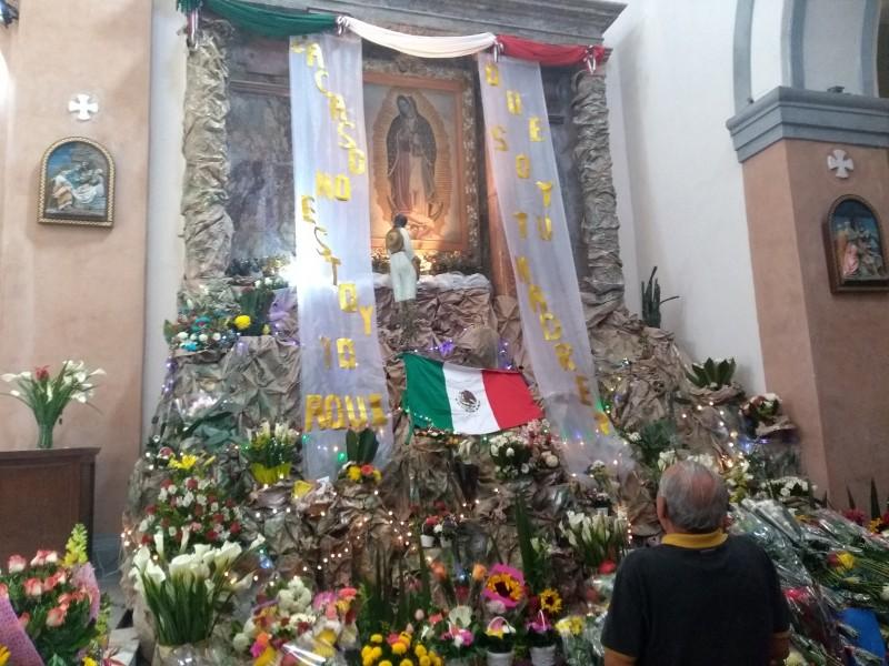 Feligreses abarrotan la Catedral de Veracruz