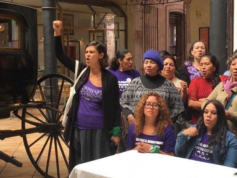 Feministas convocan a manifestación
