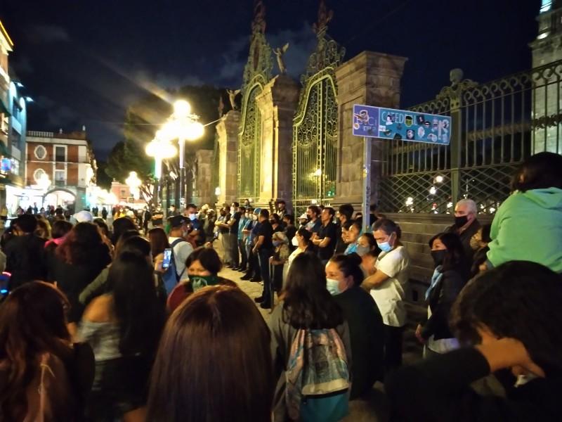 Feministas marchan a favor del aborto en Puebla
