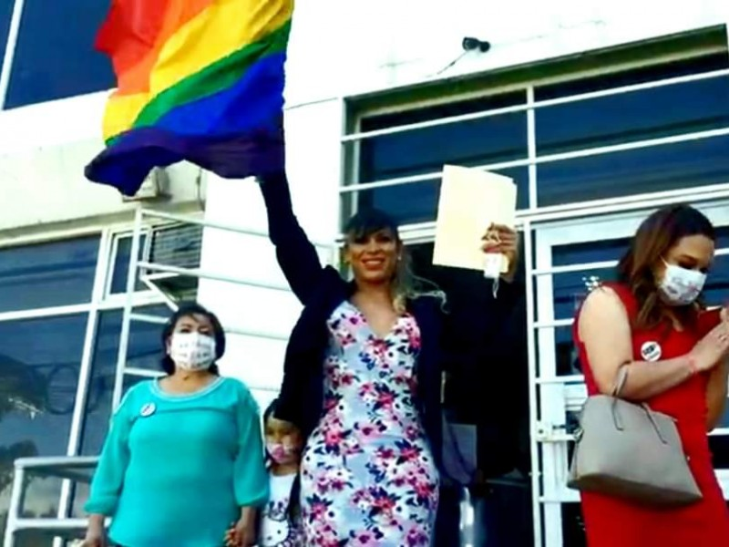 Fernanda primer transgénero en busca de gubernatura en el país