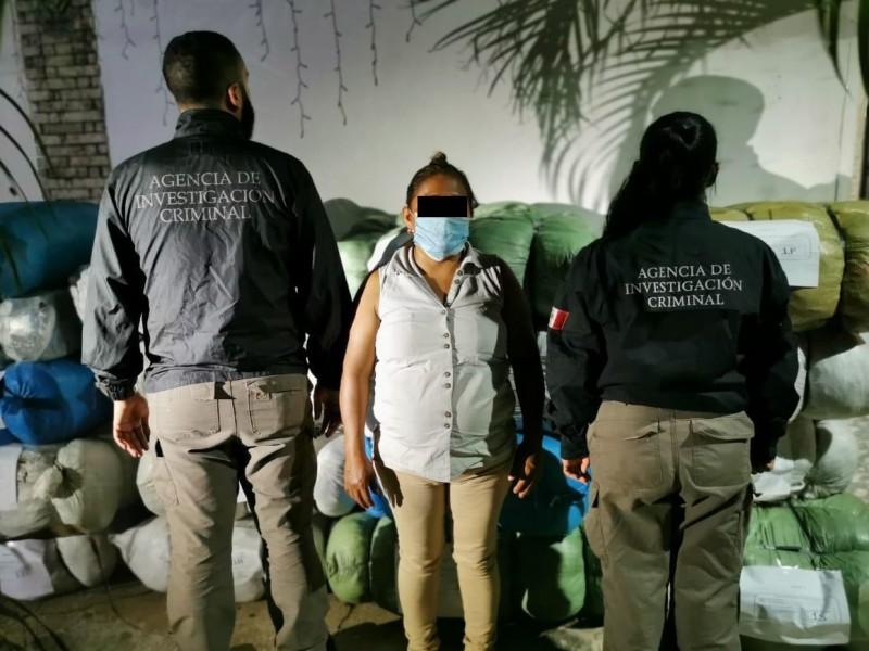 FGR investiga presunto contrabando de ropa en Chiapas