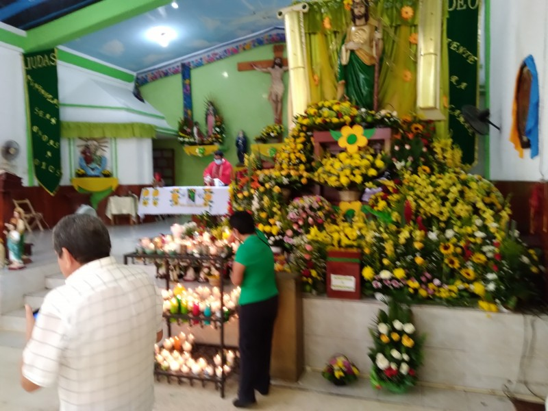 Fieles acuden a dar gracias a San Judas Tadeo