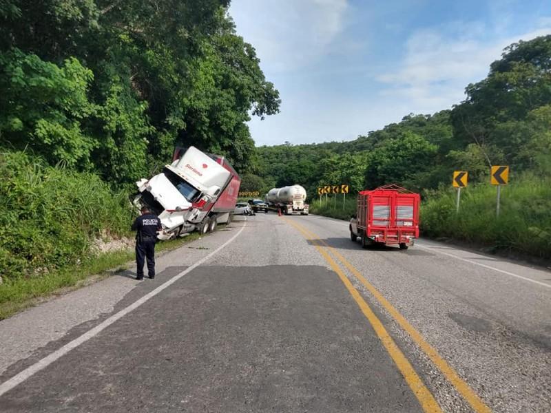 Fin de semana de accidentes viales; 4 muertos