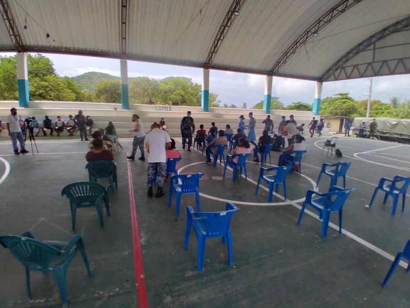 Finaliza vacunación contra Covid-19 en comunidades con poca participación; Tehuantepec