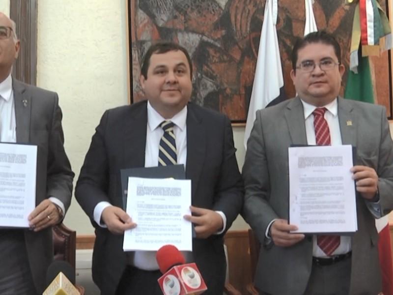 Firma convenio UAZ con UAM