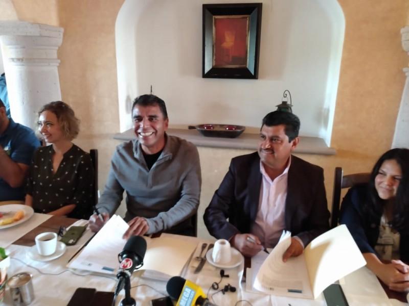 Firma Ites acuerdo con colegio de arquitectos