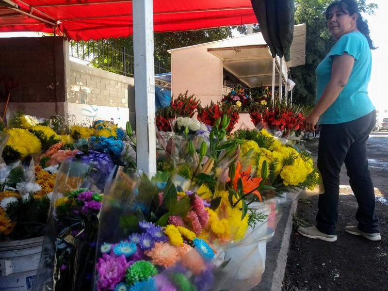 Floristas reportan buena venta