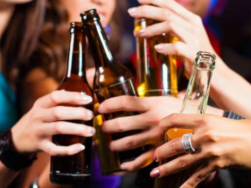 Fortalecen estrategias para mitigar el consumo de alcohol en jóvenes