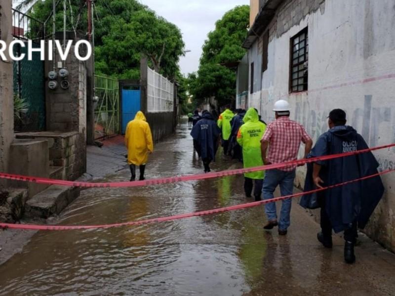 Fraccionamientos y zonas bajas, focos rojos en Tehuantepec por lluvias