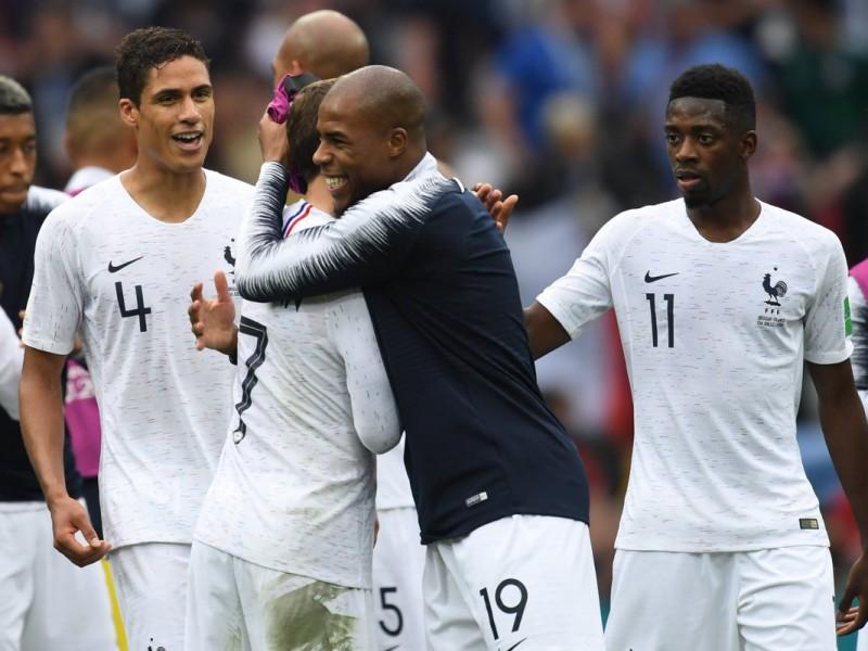 Francia vence a Uruguay y va a semifinales