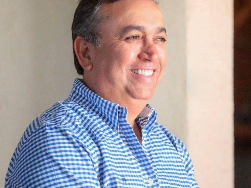 Francisco Pelayo reacciona a mensaje de Isidro Jordán