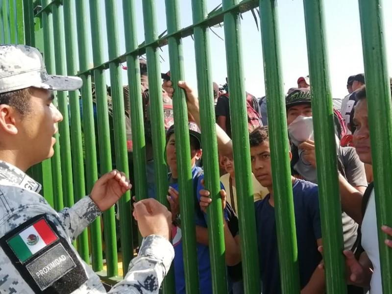 Frena GN ingreso de caravana en frontera sur