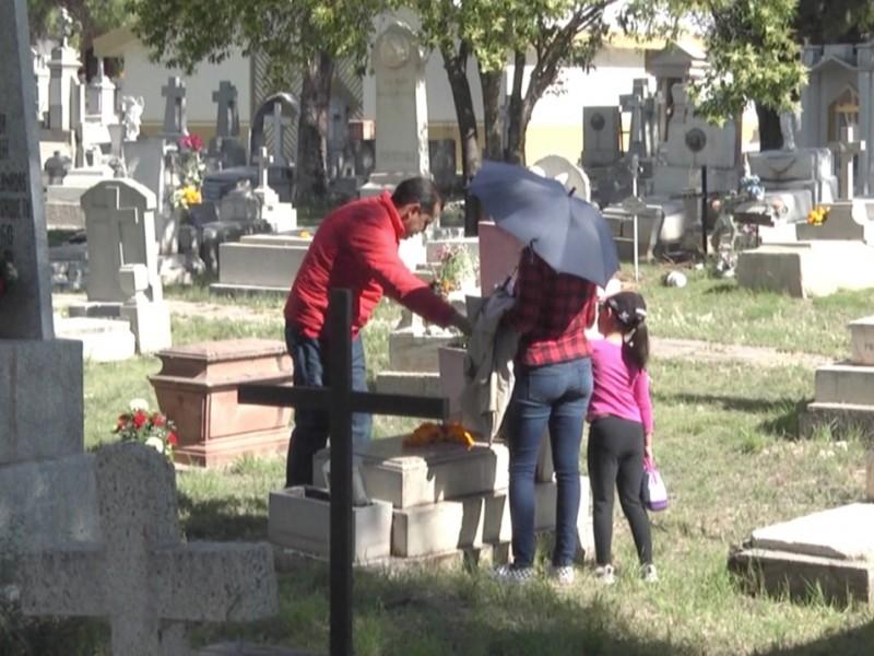 Fresnillo inicia jornada de limpieza en cementerios