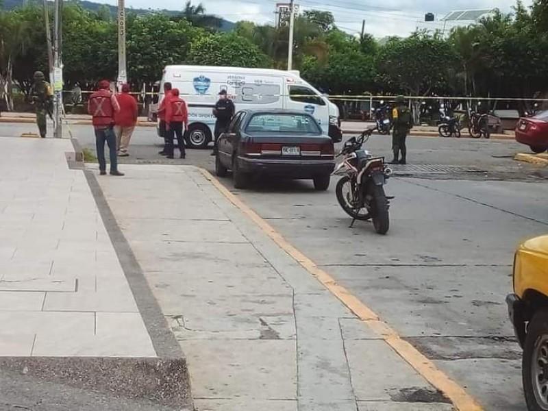Frustran asalto en Cerro Azul; reporta rehenes al interior