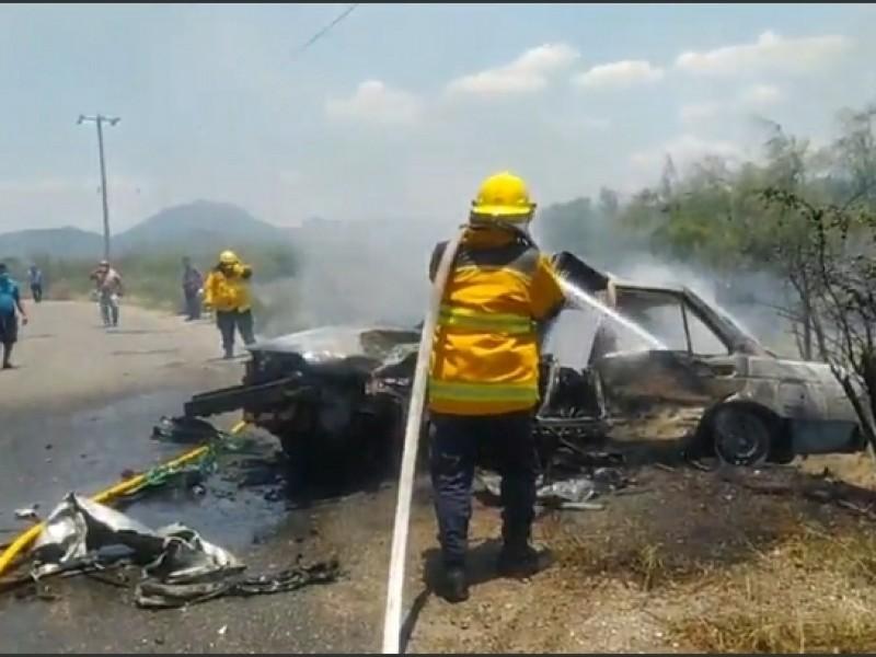 Fuerte accidente carretero tramo Salina Cruz - Huilotepec; 6 lesionados