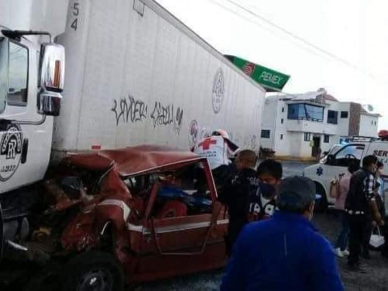 Fuerte accidente deja lesionados en Huejotzingo