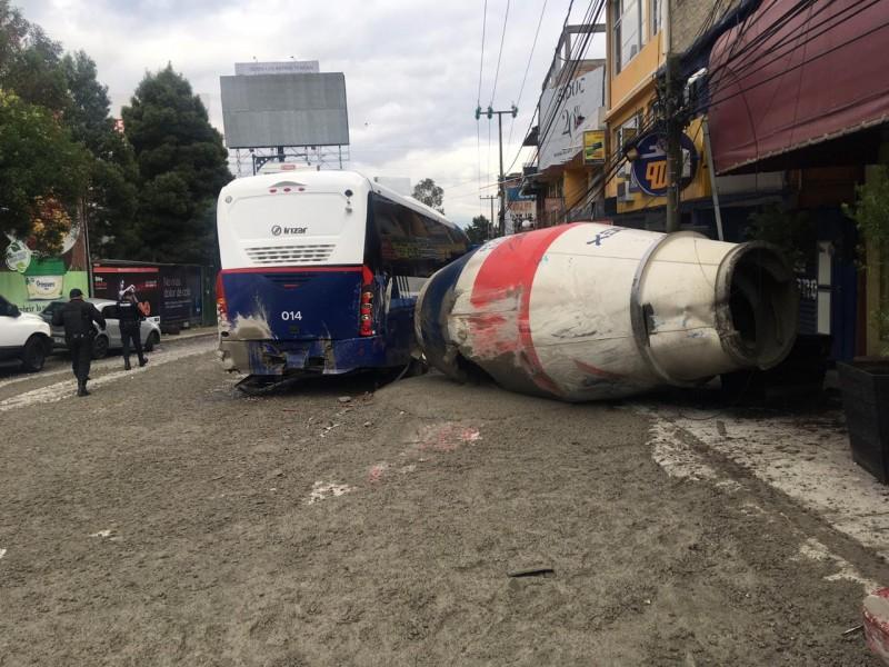 Fuerte accidente en Santa Fe deja 15 heridos