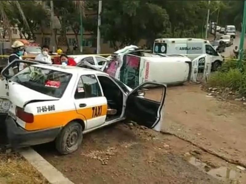 Fuerte acidente en TGZ deja varios lesionados