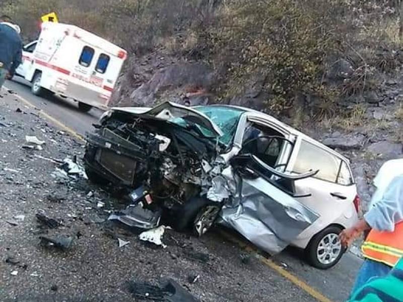 Fuerte choque en carretera Oaxaca-Istmo