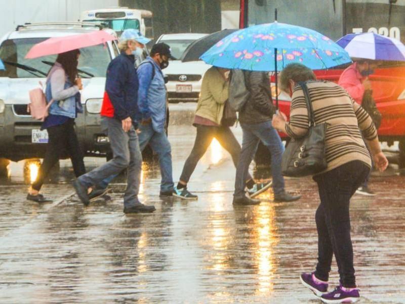 "Fuertes lluvias para Michoacán por tormenta tropical ""Kevin"""