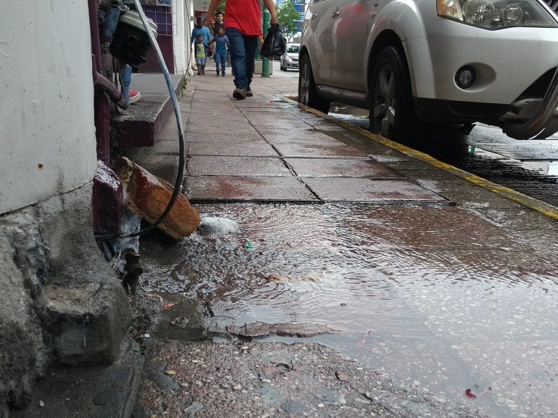 Fugas de Agua una constante en la capital