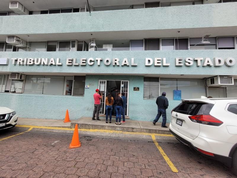 Funcionarios de Penjamillo renuncian al cargo;piden liberación de edil electo