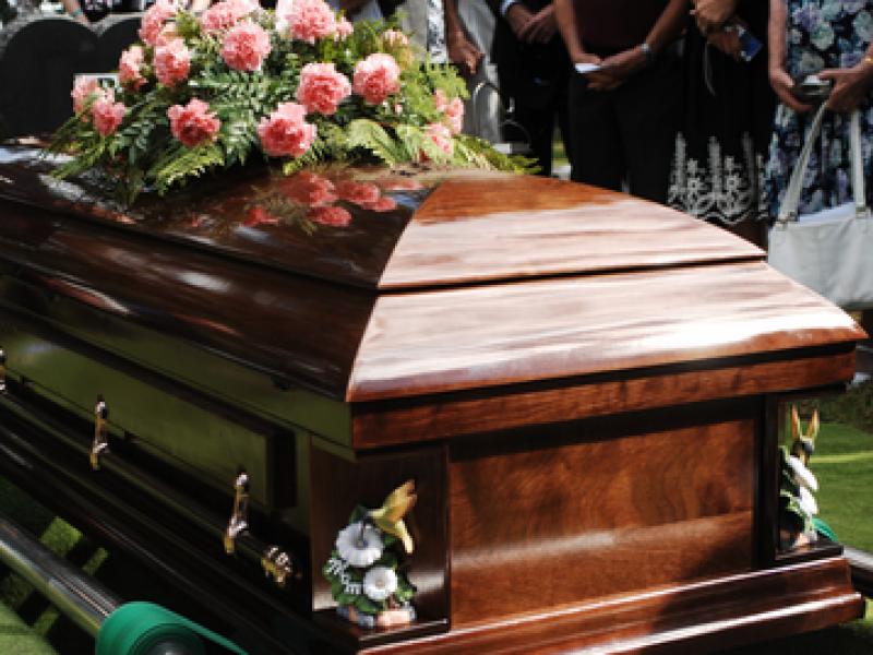 Funerales se realizan con normalidad durante fase 3 por Covid-19