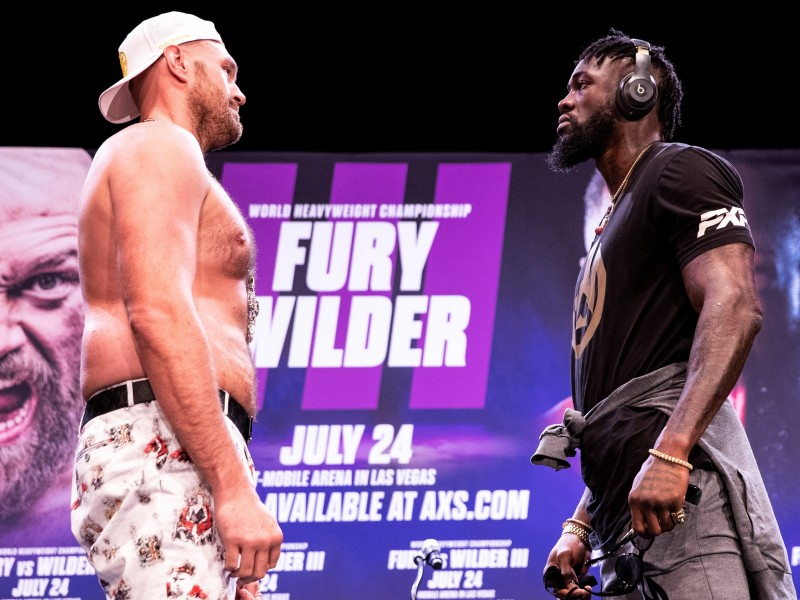 Fury vs Wilder III se aplaza hasta octubre