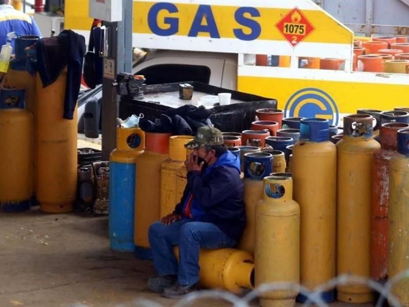 Gaseros levantan paro en Valle de México; restablecen el servicio