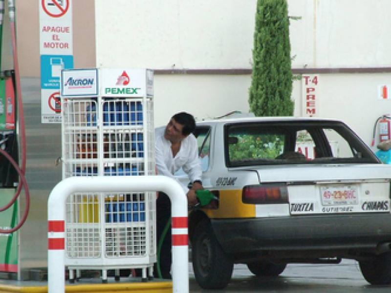 Gasolina resentirá incremento del IEPS