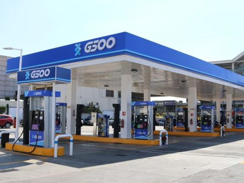 Gasolina supera el dolar en Querétaro