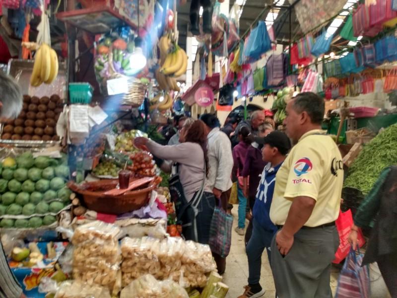 Gastan mexiquenses dos mil pesos en cena Navideña