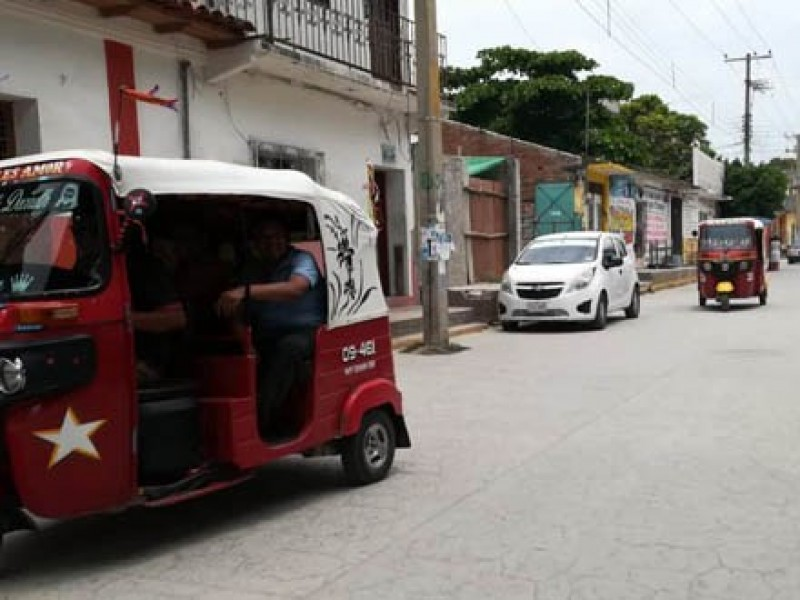 Genera incertidumbre decreto que cancela concesiones a mototaxis