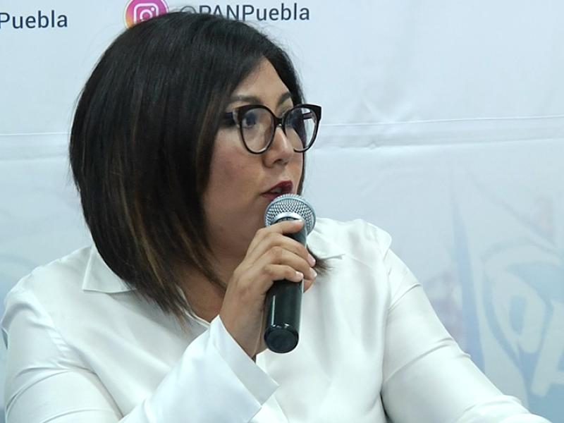 Genoveva Huerta llama ineficiente a Claudia Rivera