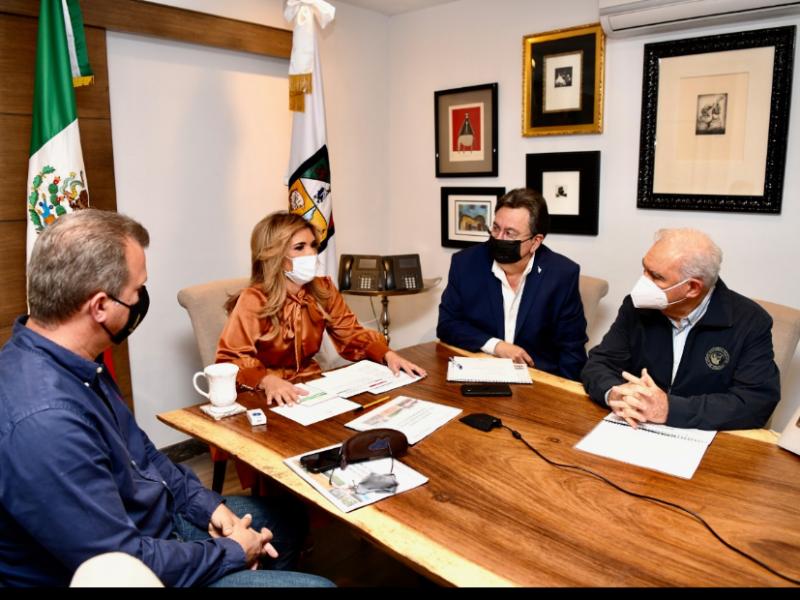 Gestiona Gobernadora Pavlovich apoyos para productores sonorenses ante Sader