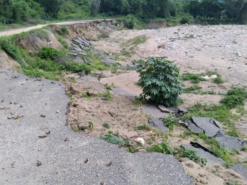 Gestionarán reconstrucción del puente en La Junta de los Ríos