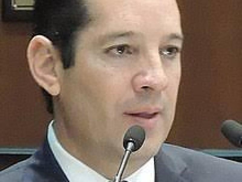 Gobernador apoya acciones para proteger a mujeres