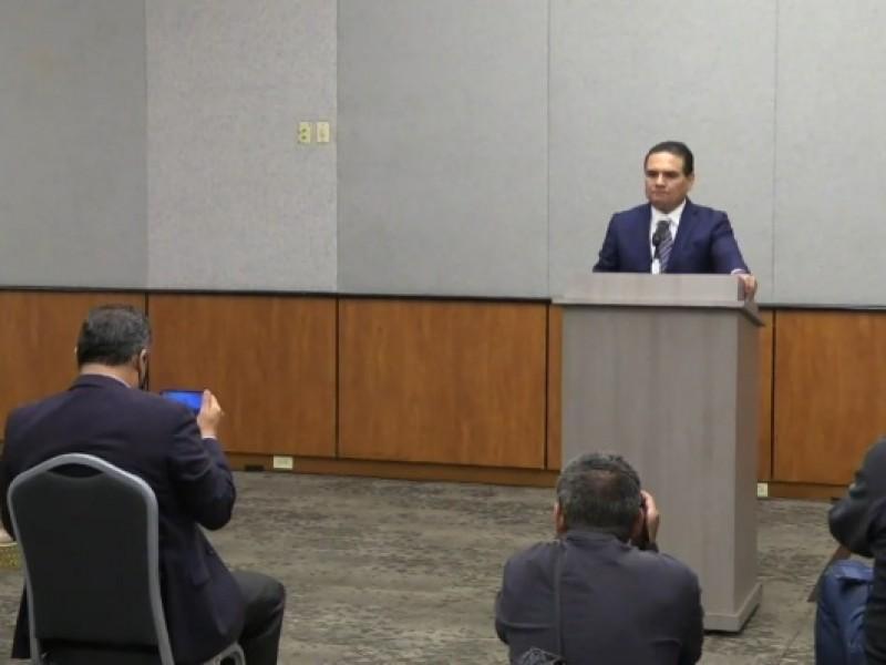 Gobernador de Michoacán no le tiene miedo a las denuncias