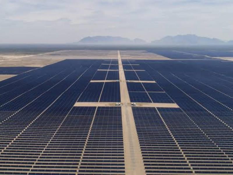 Gobernadores se lanzan a favor de energías renovables