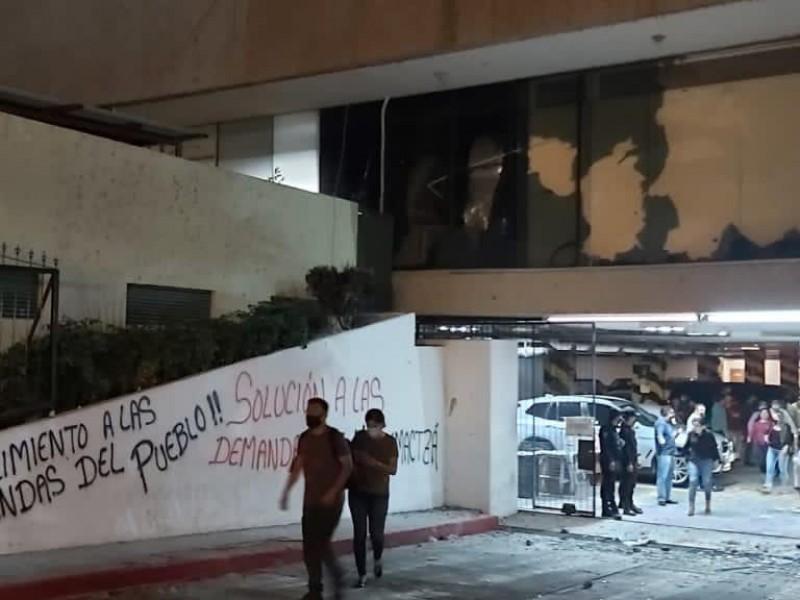 Gobierno de Chiapas, no caerá en chantajes de normalistas