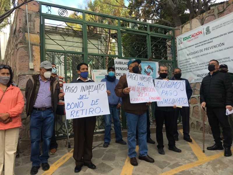 Gobierno estatal adeuda 30 mdp a jubilados del Cobaez