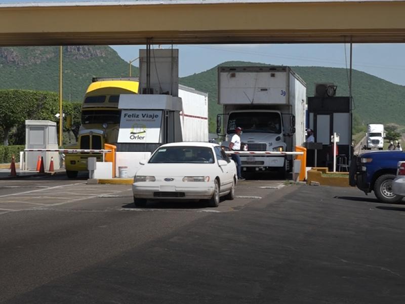 Gobiernos deben garantizar el libre tránsito en carreteras federales