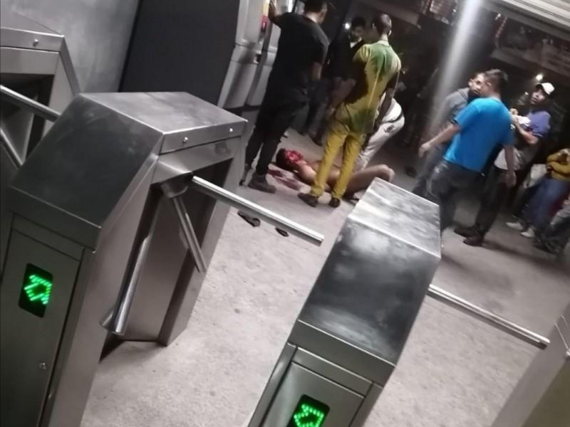 Golpean a ladrón del Mexibús