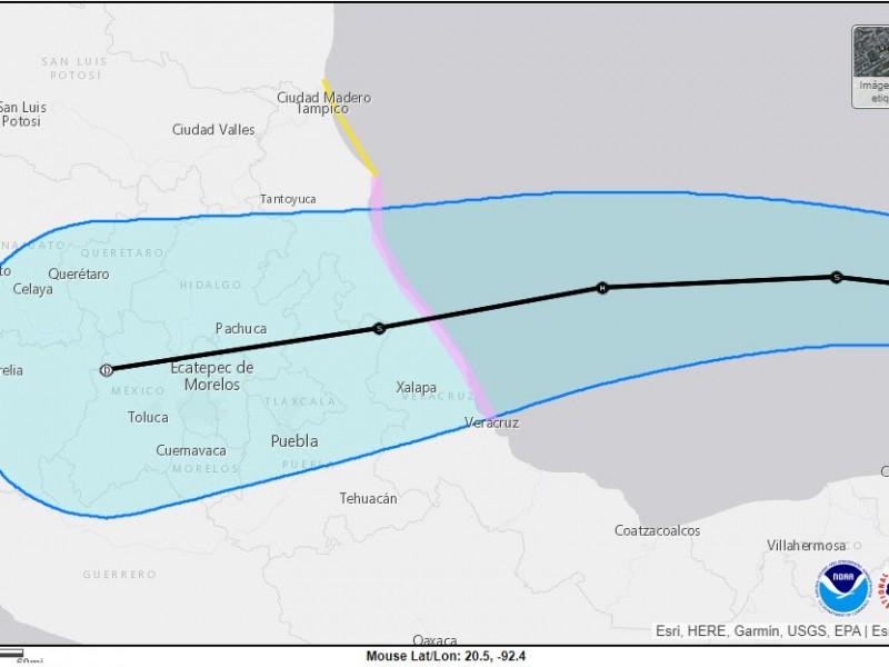 Grace adelanta su impacto a Veracruz
