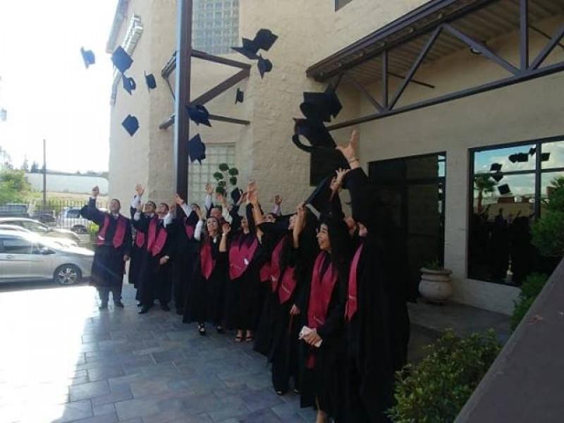 Gradúan jóvenes de segunda Generación del INDEPAC