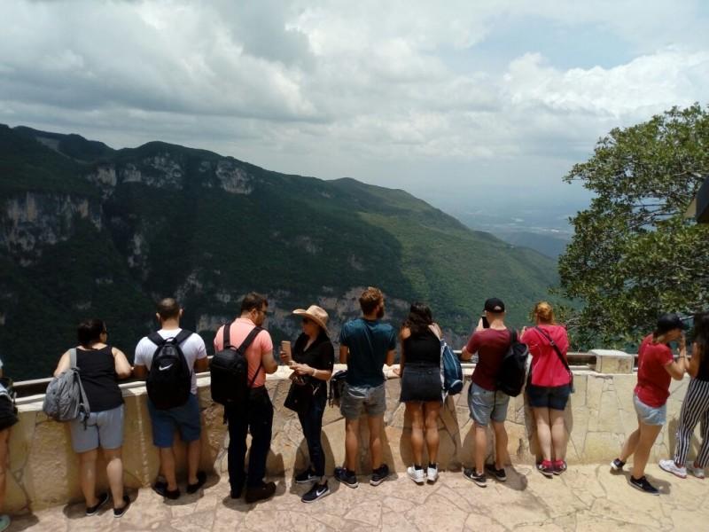 Gran afluencia turística en destinos de la capital chiapaneca