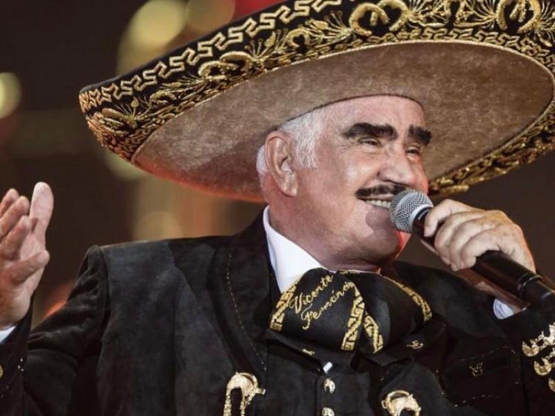 Grave pero estable, es como se encuentra Vicente Fernández