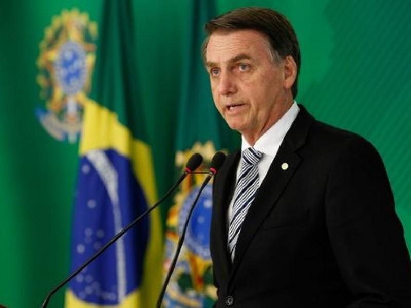Greenpeace es sólo basura: Bolsonaro