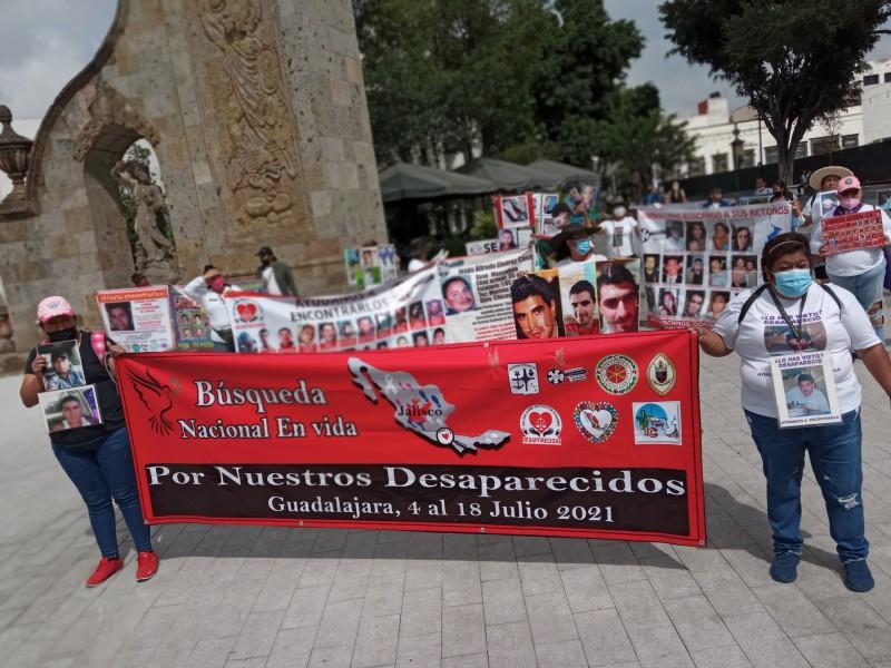 Gritan y marchan por sus desaparecidos en Zapopan