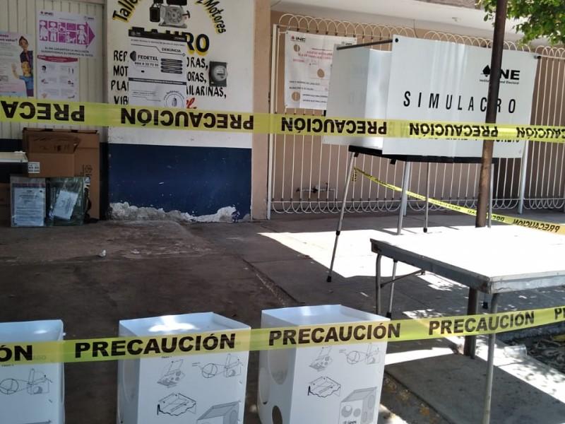 Grupos armados roban casilla en Los Mochis